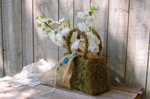 Rustic moss scupture