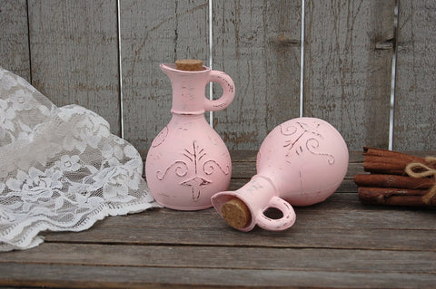 Pink oil and vinegar cruet set