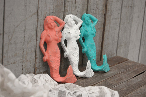 Beach mermaid wall hooks - The Vintage Artistry