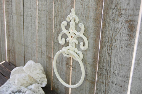 Ivory towel ring - The Vintage Artistry