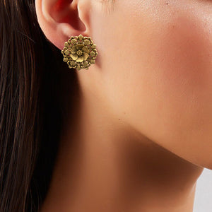 Classic Gold Flower Studs.