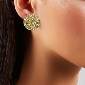 Sphere Pearls Studs