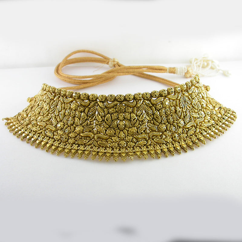 Statement Textured Choker In Yellow Gold