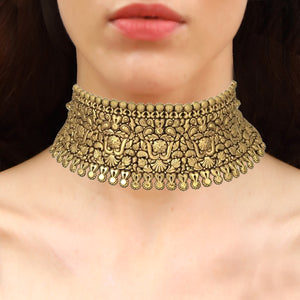 Gorgeous Gold Choker