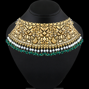 Classic Gold Choker Studded With Emerald Beads