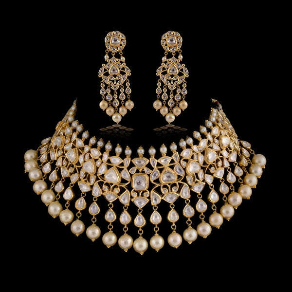 Nuvo Polki Studded Jadau Necklace Set.