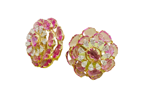 This Enchanting Floral Earring