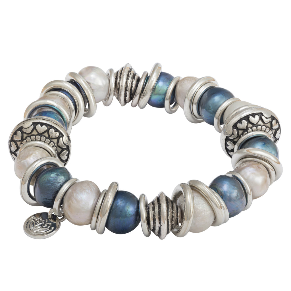 blue and silver pearl bracelet