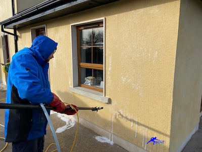 Soft washing render with the latest hi-tech softwash treatment systems