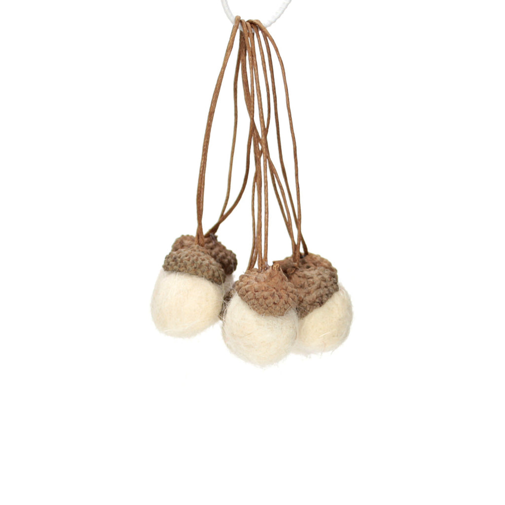 Cream Wool Acorn Small Pack 6
