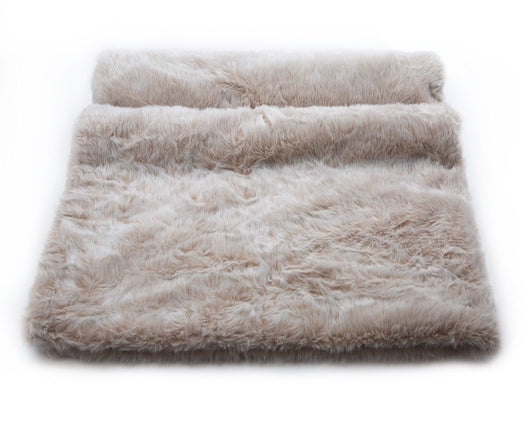 Sumptuous Contrasting Faux Fur Glossy Mink