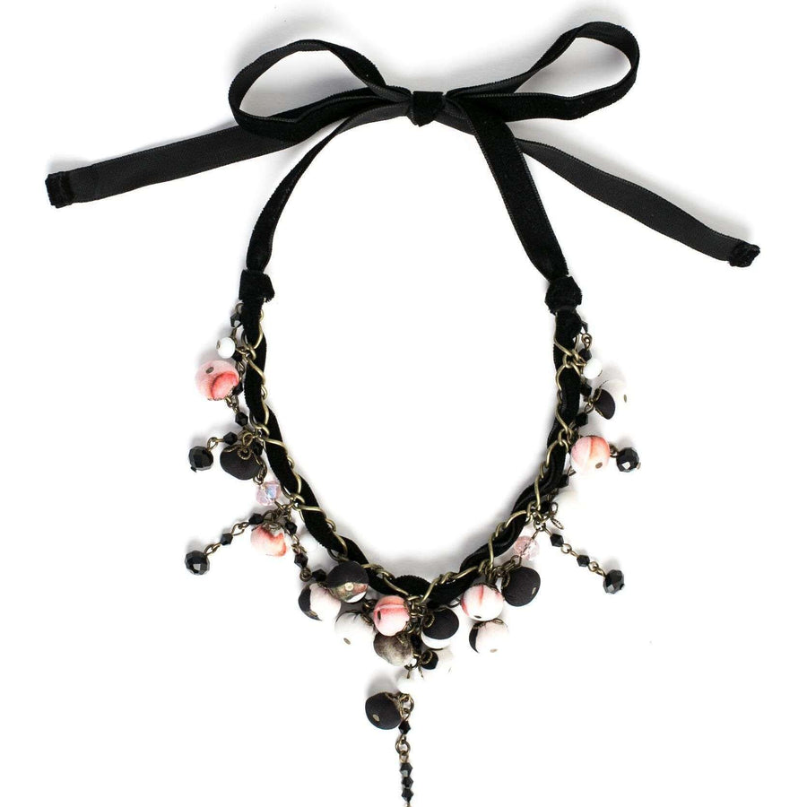 Dulcy Necklace Black Rose