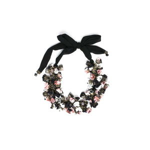Sata Necklace Black Rose