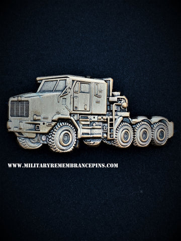 Oshkosh HET M1070F Tank Transporter Vehicle Lapel Pin