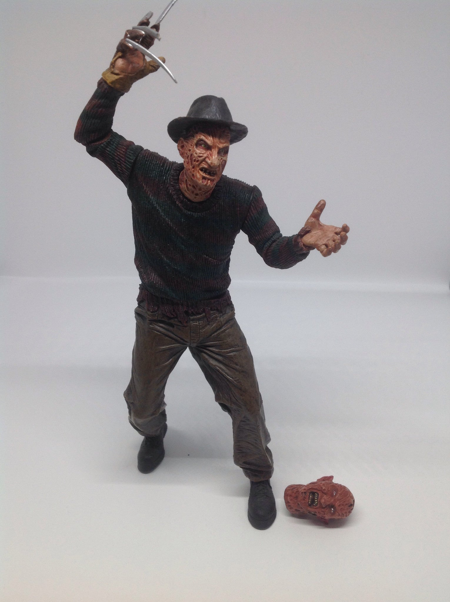 Neca Freddy Vs Jason: Freddy Krueger Loose