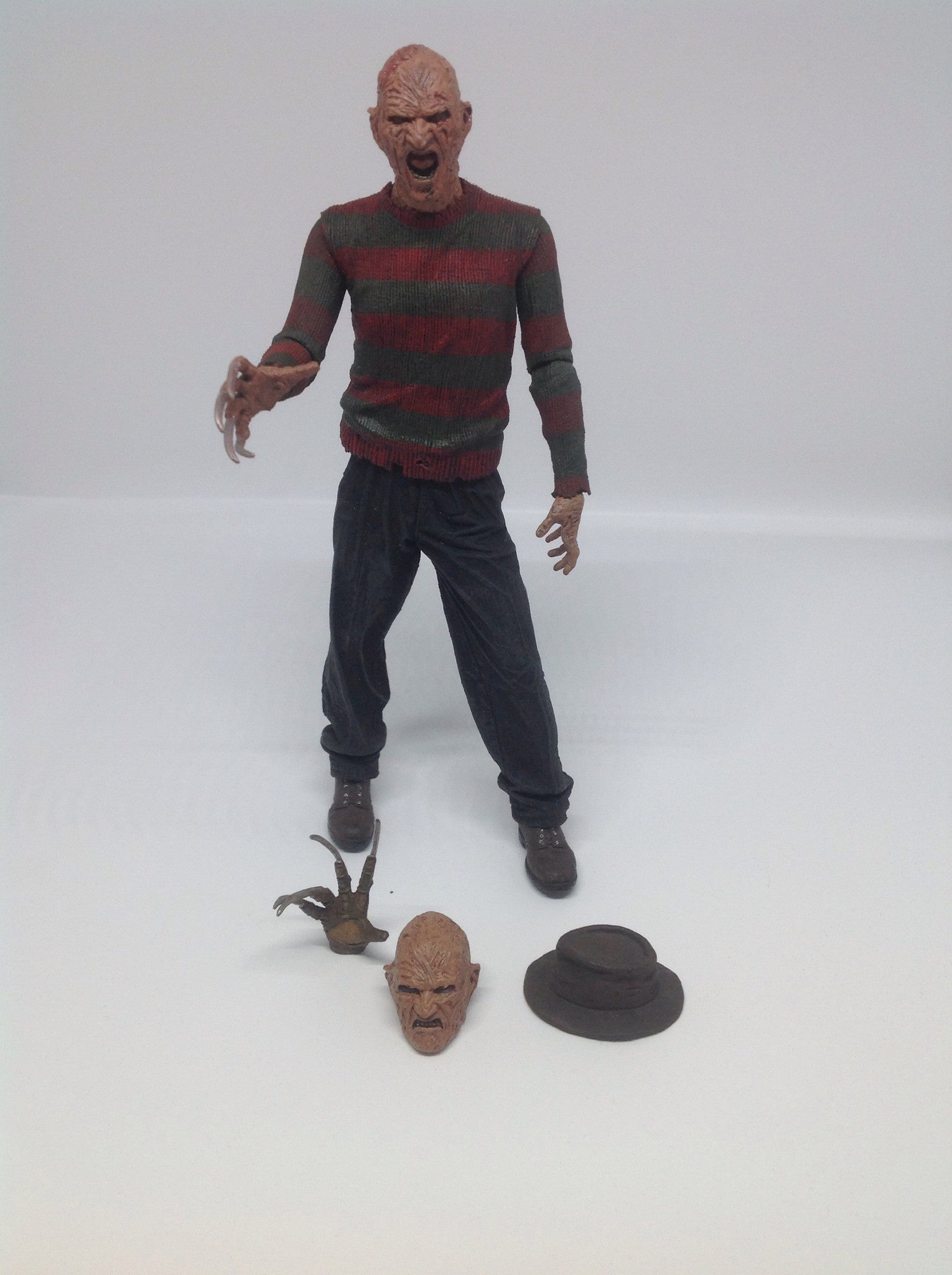 Neca A Nightmare on Elm Street 2 Freddy Krueger Loose