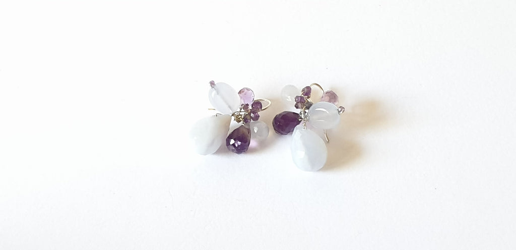Silver earrings with chalcedony and amethyst