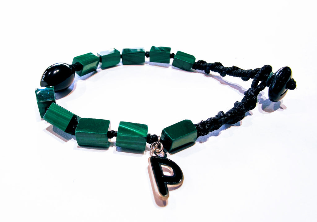 Rope bracelet with malachite and onyx