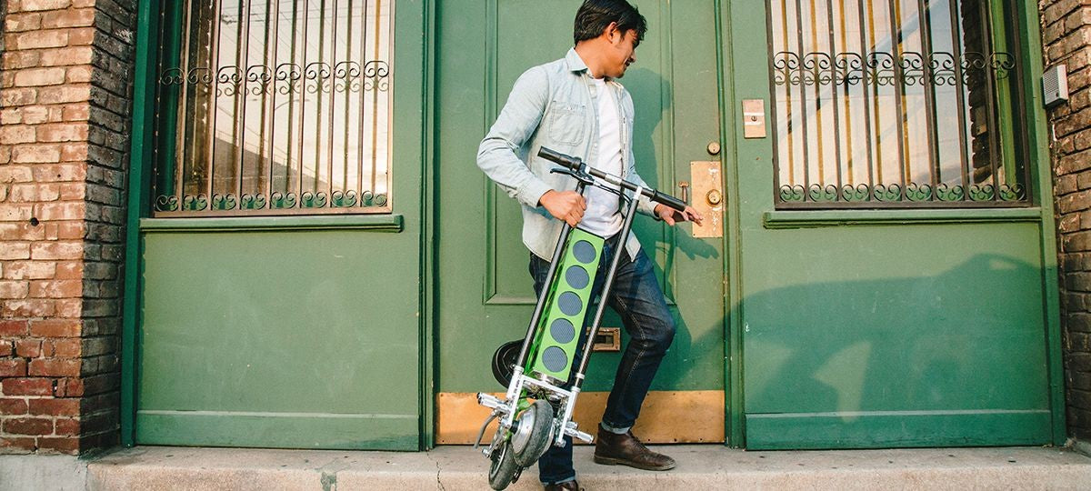 URB-E foldable electric scooter Leaving urban Apartment