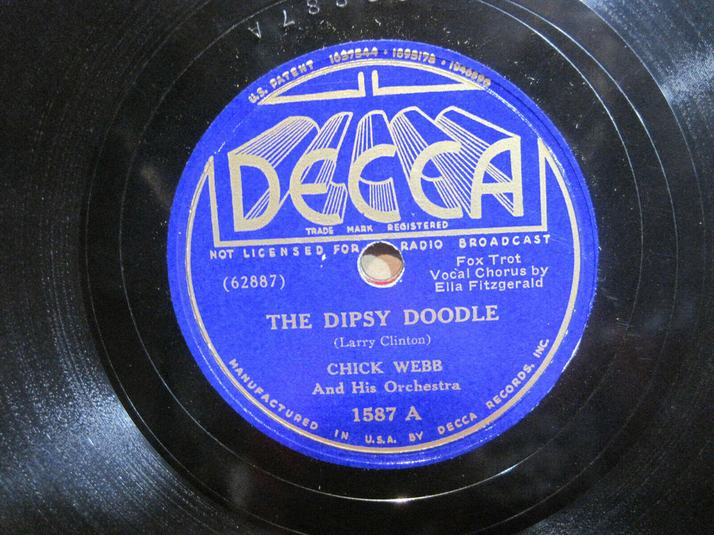 Chick Webb and His Orchestra with Ella Fitzgerald - Dipsey Doodle b/w Midnight in a Madhouse