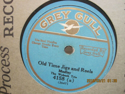 Wabash Trio - Old Time Jigs and Reels Medley b/w Favorite BarnDances Medley