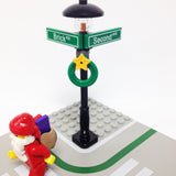"MinifigurePacks: Lego® City/Town ""STREET SIGN - LAMP POST"" Intersection of Brick & Second"