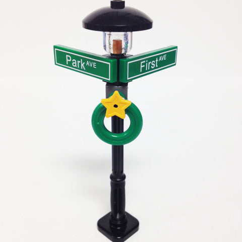 "MinifigurePacks: Lego® City/Town ""STREET SIGN - LAMP POST"" Intersection of First & Park"