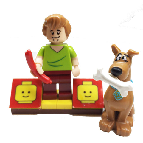 MinifigurePacks: Lego Scooby-Doo Gang Bundle (1) Shaggy Minifigure (1) Scooby-Doo Minifigure (1) Figure Display Base (2) Figure Accessory's (Hot Dog - Scooby Snack)