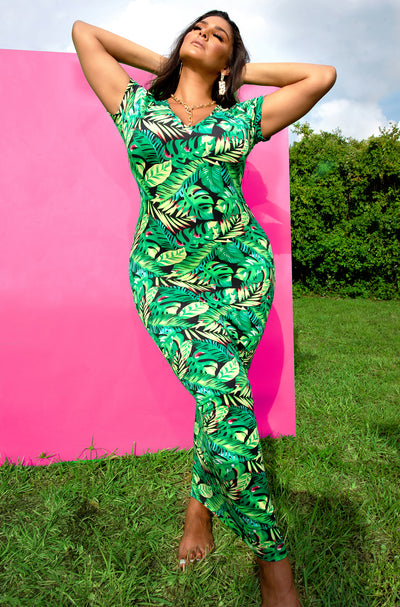 Green Tropical Print V-Neck Short Sleeve Maxi Dress Plus Sizes