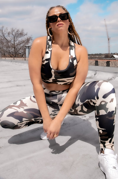Camouflage Scoop Neck Sports Bra Plus Sizes