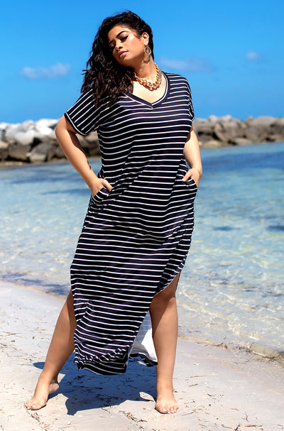 Black Relaxed Stripped Maxi Dress Plus Sizes