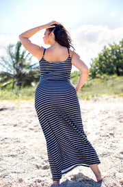 Black Relaxed Strappy Maxi Dress Plus Sizes