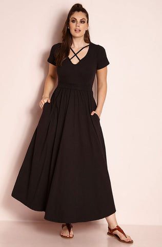"Rebdolls ""Over The Line"" Scoop Neck Maxi Dress"