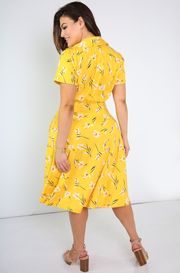 Yellow Collared Skater Midi Dress w. Pockets Plus Sizes