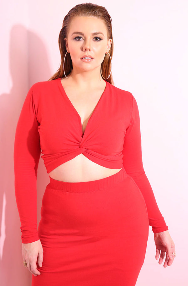 Long sleeve knotted red crop top plus sizes