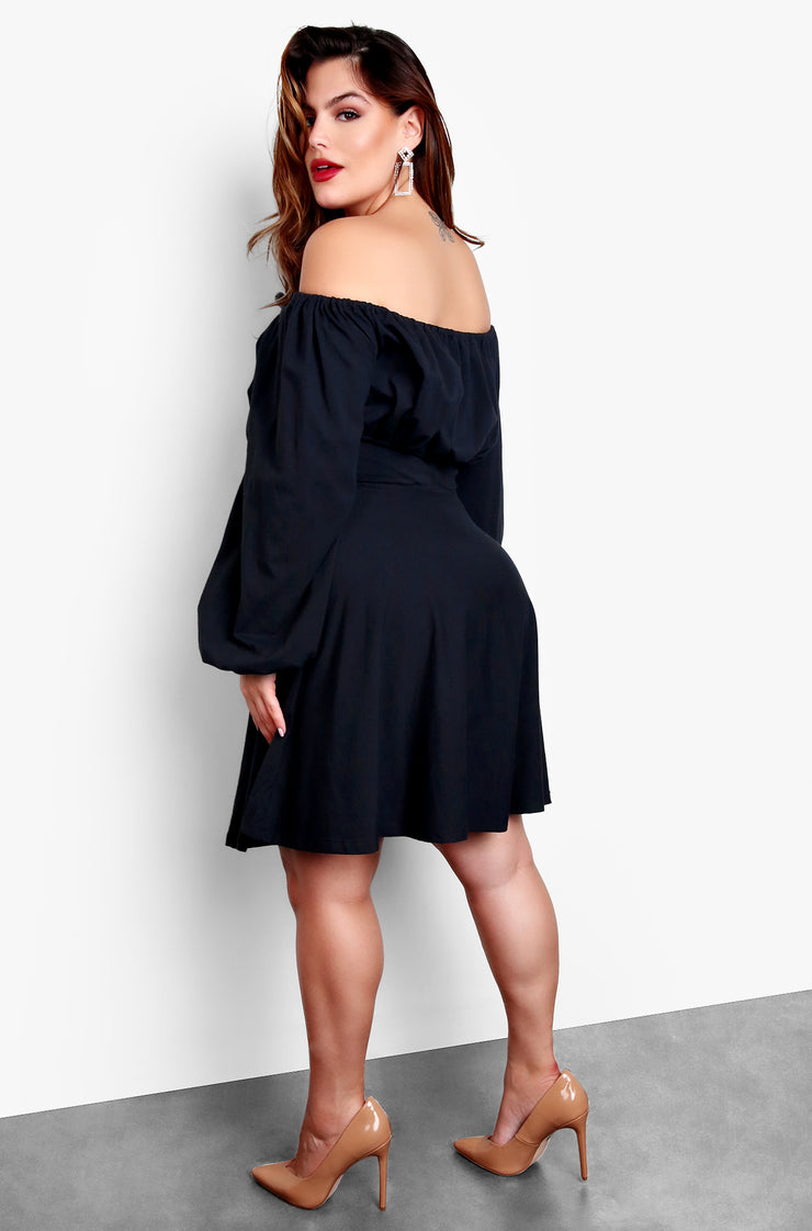 Black Plus Size Over The Shoulder Puff Sleeves Skater Mini Dress