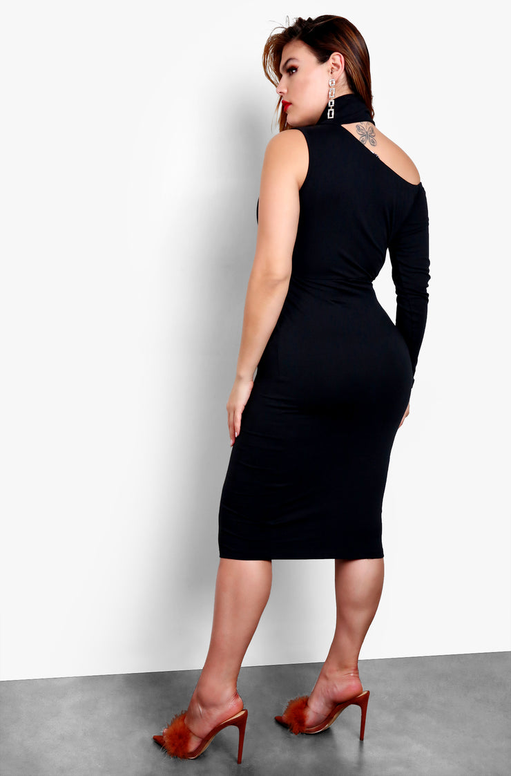 Black Plus Size Over The Shoulder Single Sleeve Bodycon Mini Dress