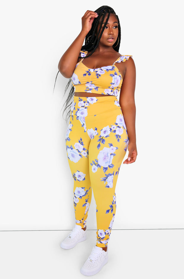 Yellow Ruffle Straps Floral Sports Bra Plus Sizes