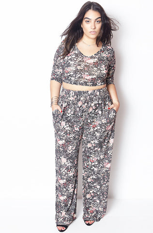 "Grisel. ""Addicted To Summer"" Floral Maxi Set"