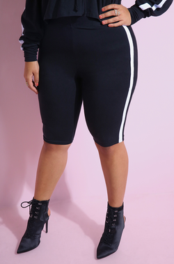 Striped Bermuda Leggings Plus Sizes