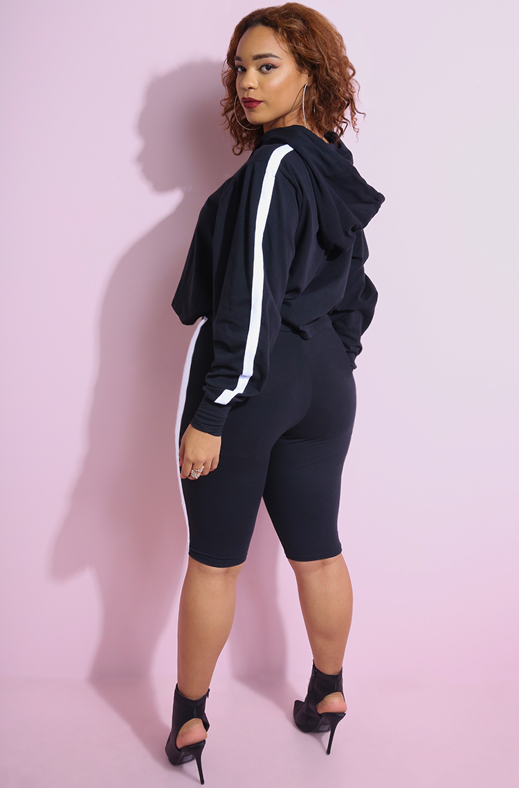 Hooded Oversized Crop Top With Matching Cropped Bermuda Leggings Plus Sizes