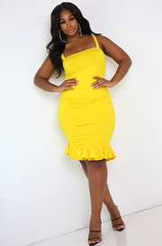 Yellow Ruched Mini Dress w. Flutter Hem Plus Sizes
