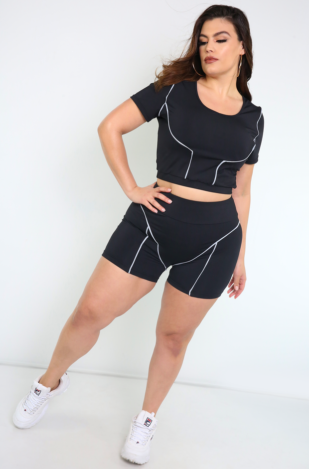 Black Short Sleeve Crop Top Plus Sizes