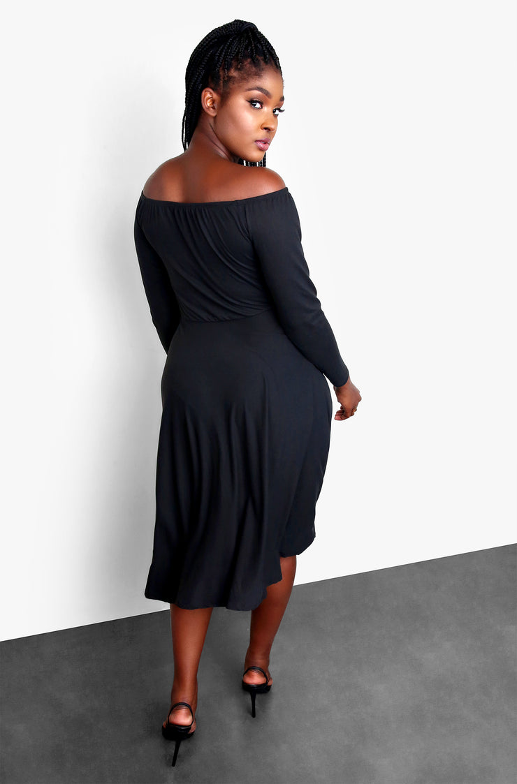 Black Over The Shoulder Midi Skater Dress with Pockets Plus Sizes