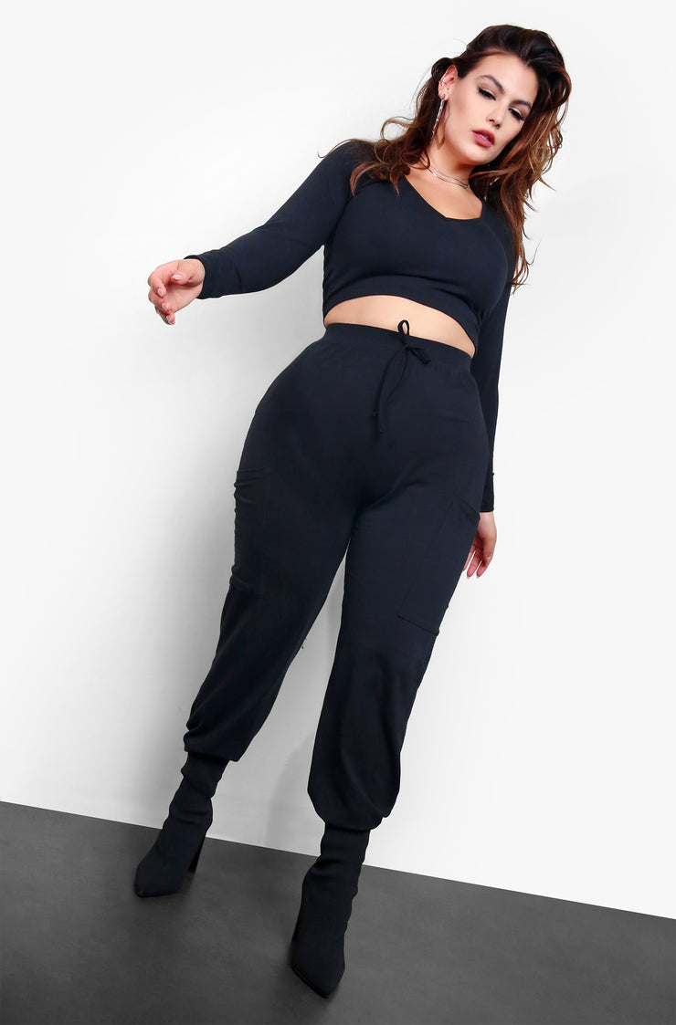 "Rebdolls ""No Mercy"" V-Neck Crop Top & Jogger Set"