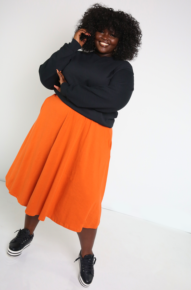 Black Essential Sweatshirt Plus Sizes