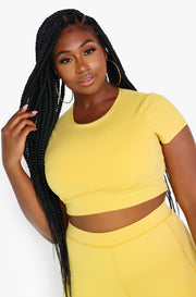 Yellow Crew Neck Short Sleeve Sports Crop Top Plus Sizes