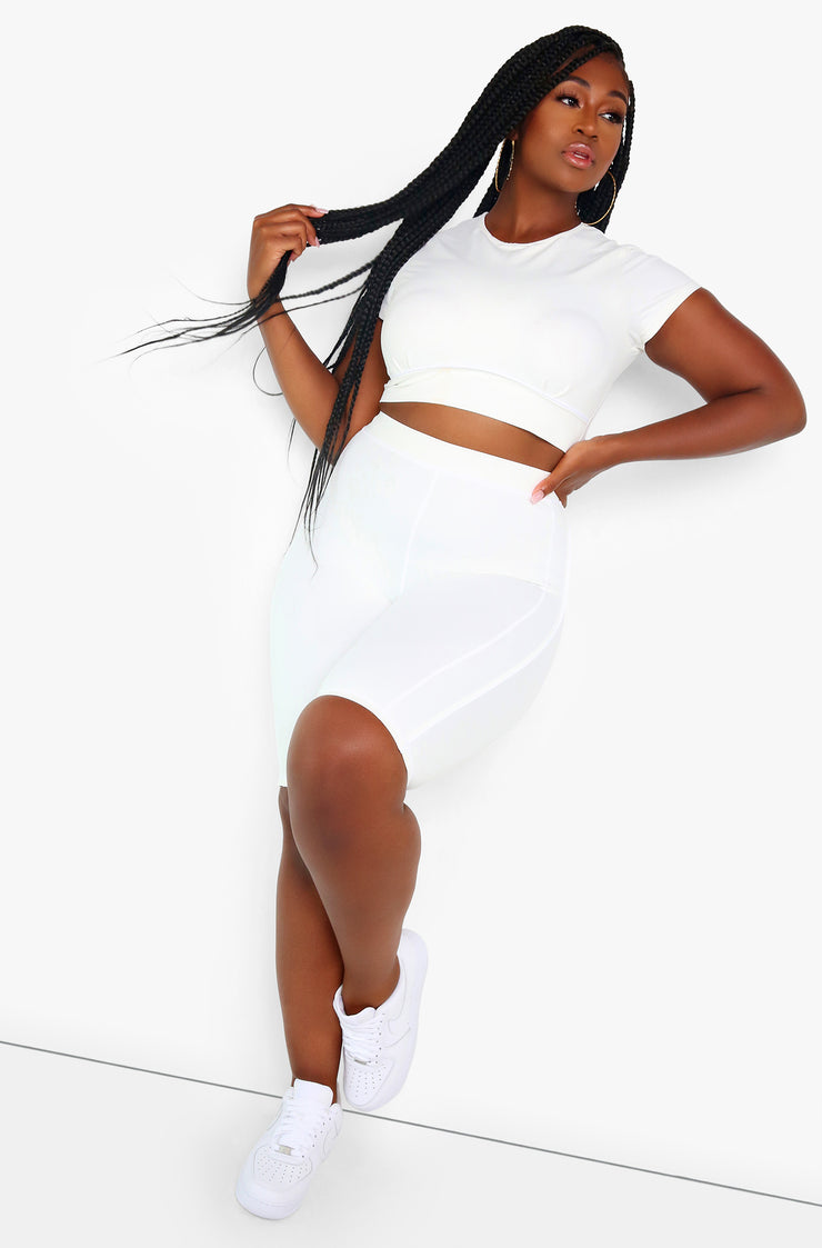 White  Crew Neck Short Sleeve Sports Crop Top Plus Sizes