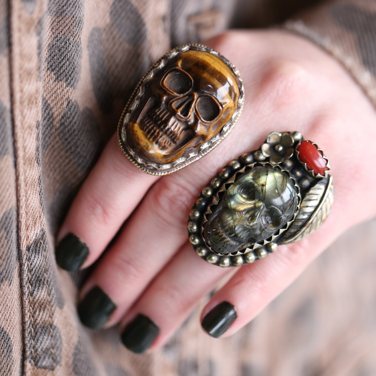 chunky statement skull rings