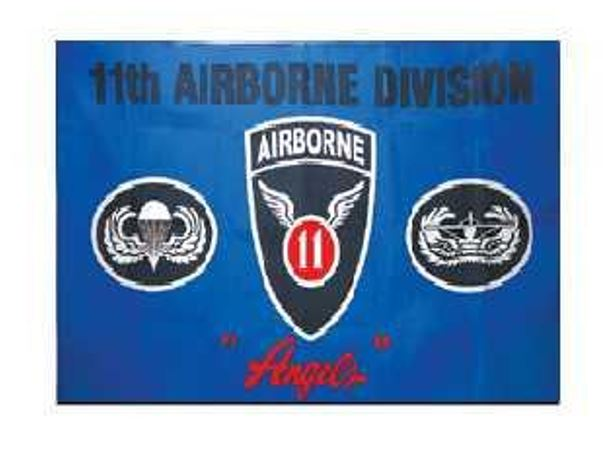 FLAG AIRBORNE INDOOR WALL 5x3